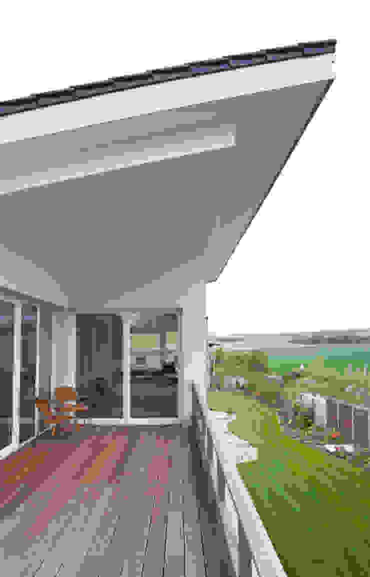 Einfamilienhaus in Osthofen Esszimmer von Julia Schlotter Design