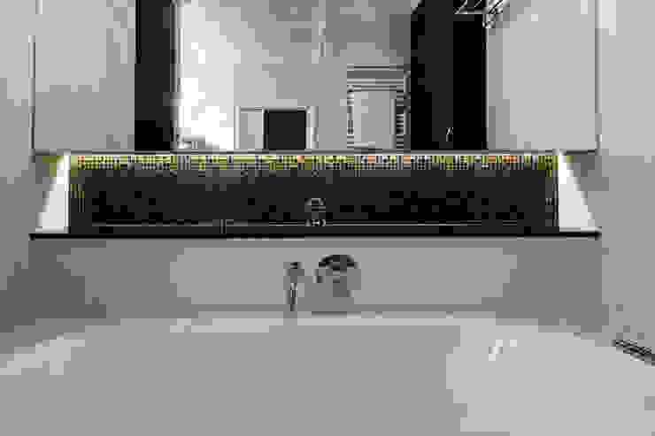 Łazienka Nowoczesna łazienka od Agnieszka Makowska Nowoczesny