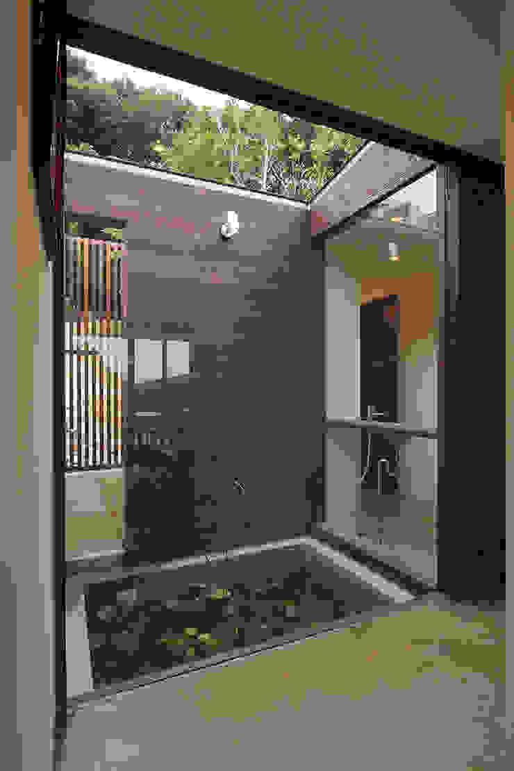 水盤(蓮池) ミニマルな商業空間 の InOUT architects/インアウトアーキテクツ ミニマル