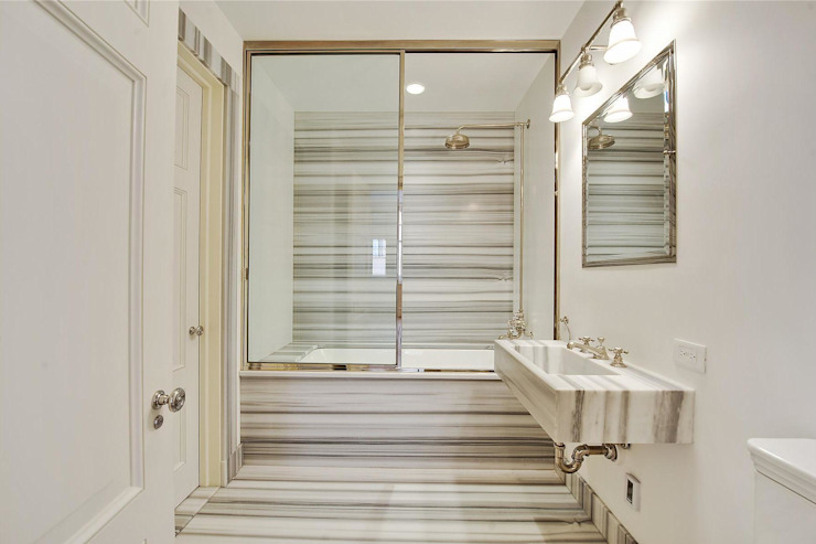 Interior bathroom by Marmi di Carrara