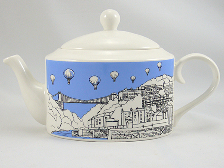 Bristol Teapot: modern  by Emmeline Simpson, Modern