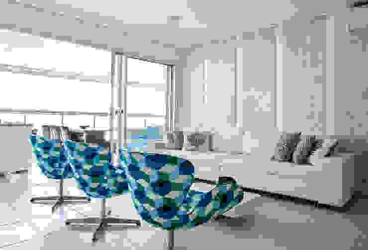 Apartamento Guarujá por Andréa Gonzaga Moderno