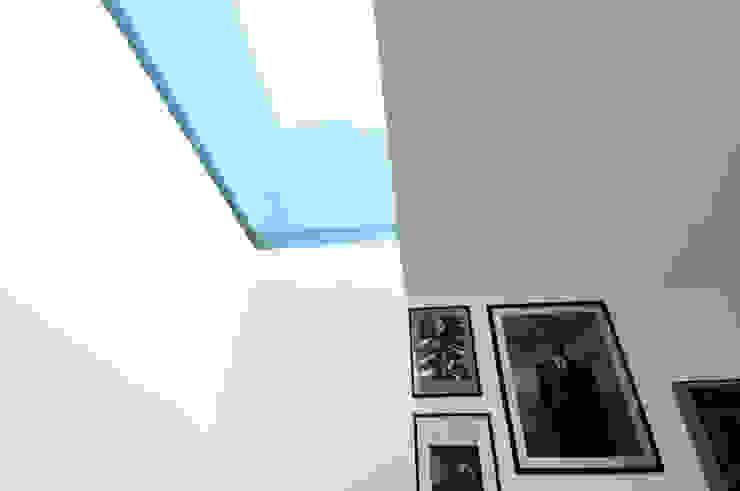 Baños de estilo  por tissellistudioarchitetti , Moderno