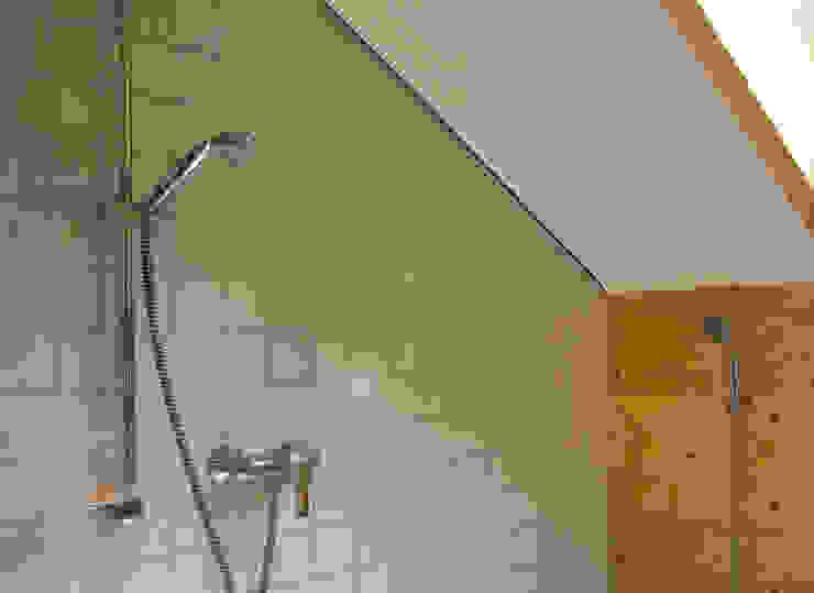 Kırsal Banyo di dörr & irrgang Architekten und Generalplaner GmbH Kırsal/Country