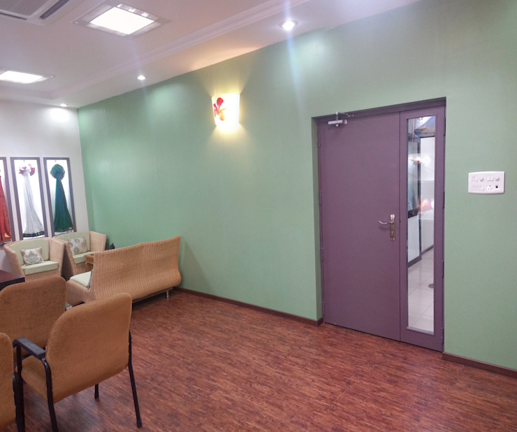 Completed Renovation Work for M/s. Co Optex MD Room Chennai: classic  by Quadrantz Consultants,Classic