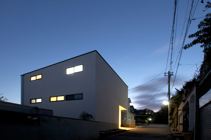 ファサード モダンな 家 の SeijiIwamaArchitects モダン