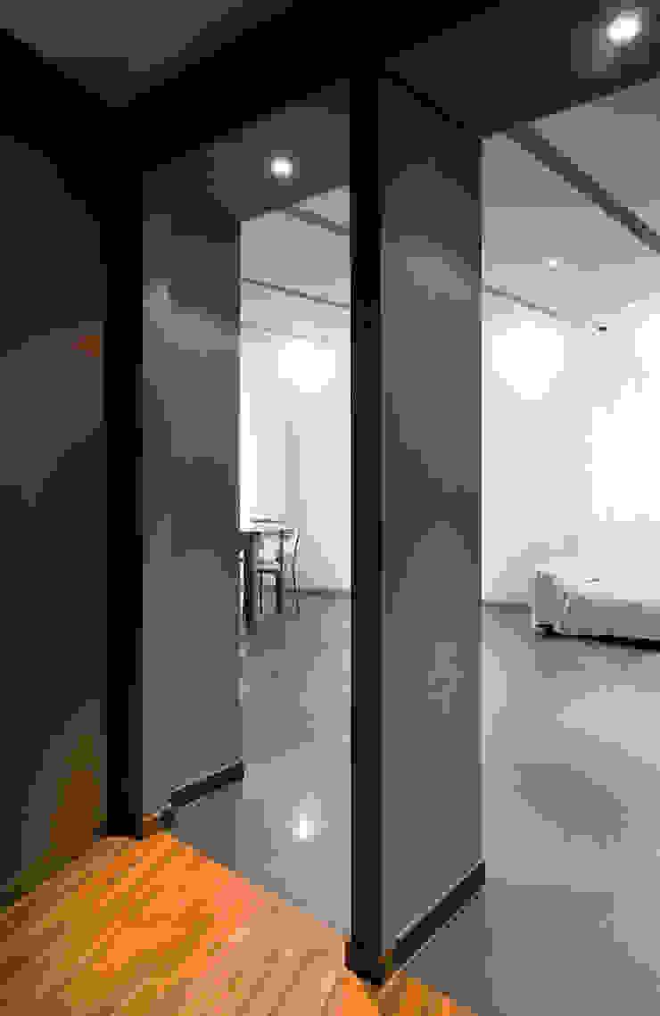Appartamento 2010 Soggiorno di Simone Subissati Architects