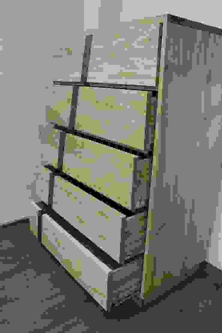 5단 서랍장: woodpage3의 현대 ,모던