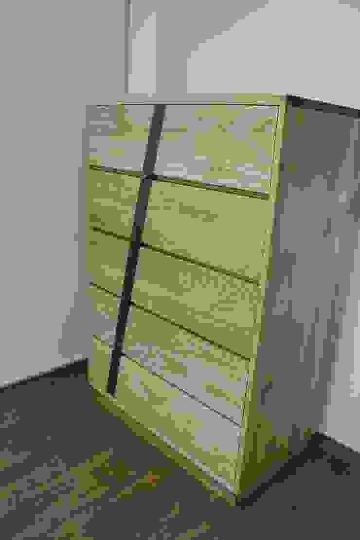 디자인  5단 서랍장: woodpage3의 현대 ,모던