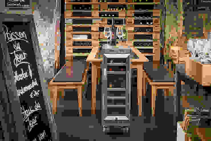 Wine cellar by Skypak