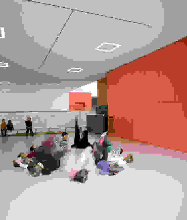 Kindergarten Wels Moderne Schulen von SWAP Architekten ZT GmbH Modern
