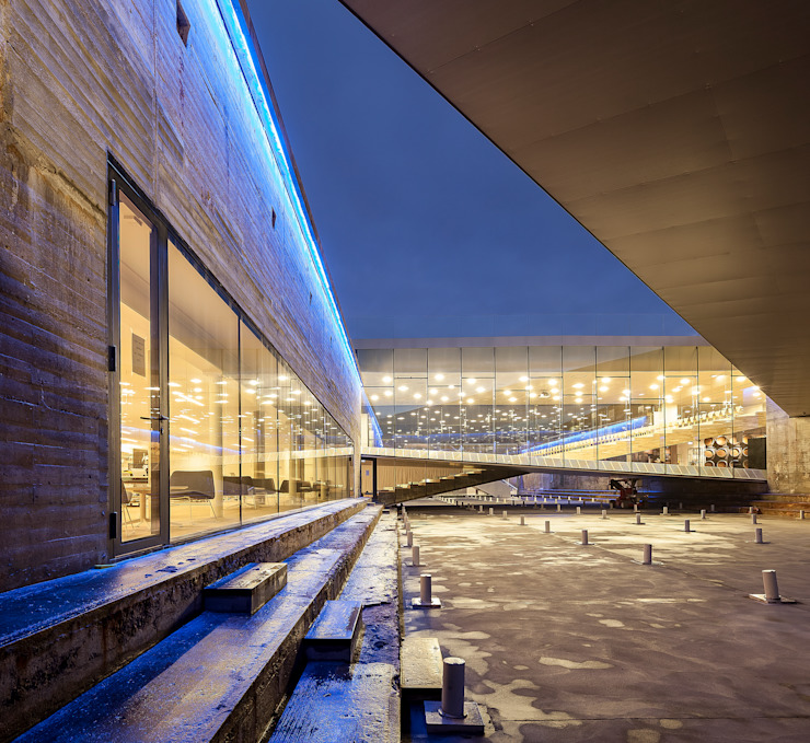 DANISH NATIONAL MARITIME MUSEUM BIG-BJARKE INGELS GROUP Музеи в стиле модерн