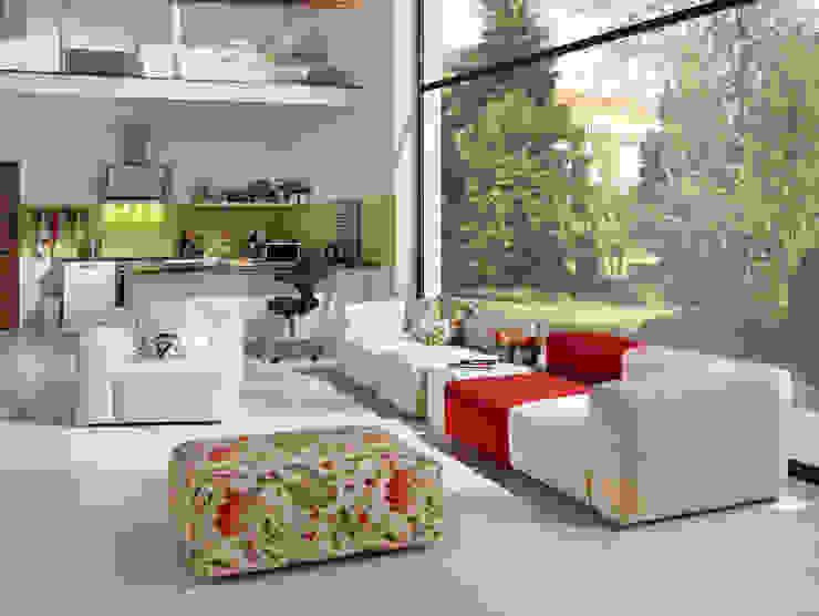 Projekty,   zaprojektowane przez HOME Schlafen & Wohnen GmbH, Nowoczesny