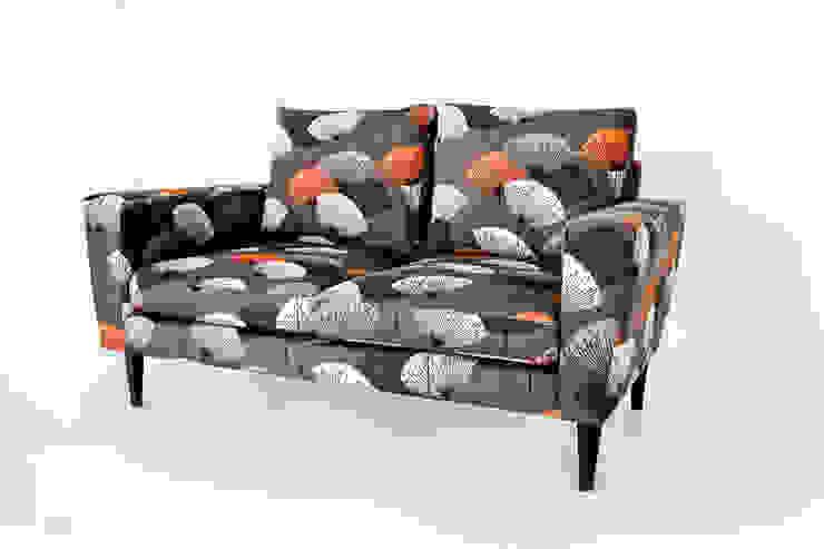 Sofa (nach Maß)...: modern  von HOME Schlafen & Wohnen GmbH,Modern