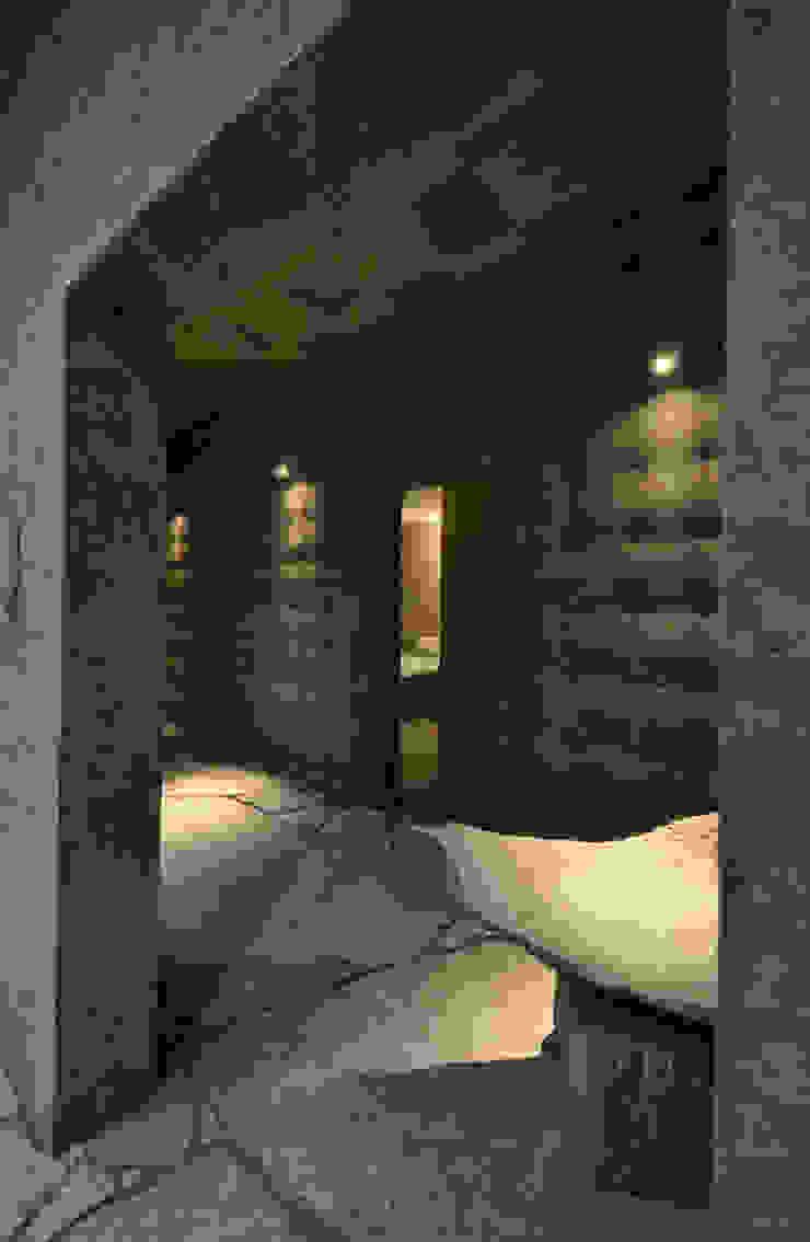 石の家 家 の (株)海建築家工房 Umi Architectural Atelier
