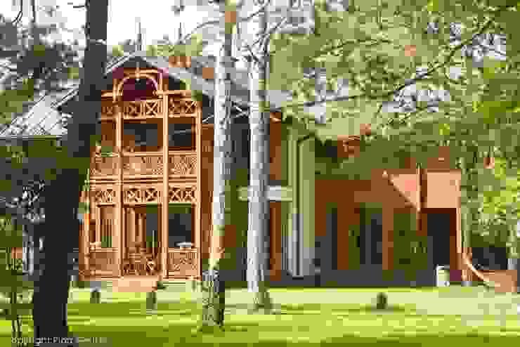 Domy : styl , w kategorii Domy zaprojektowany przez Pracownia Architektoniczna Marka Przepiórki,