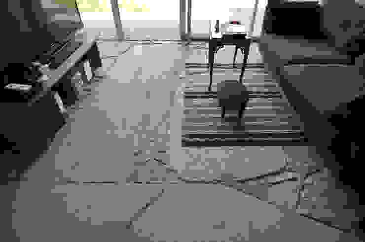 石の家: (株)海建築家工房 Umi Architectural Atelierが手掛けた家です。,