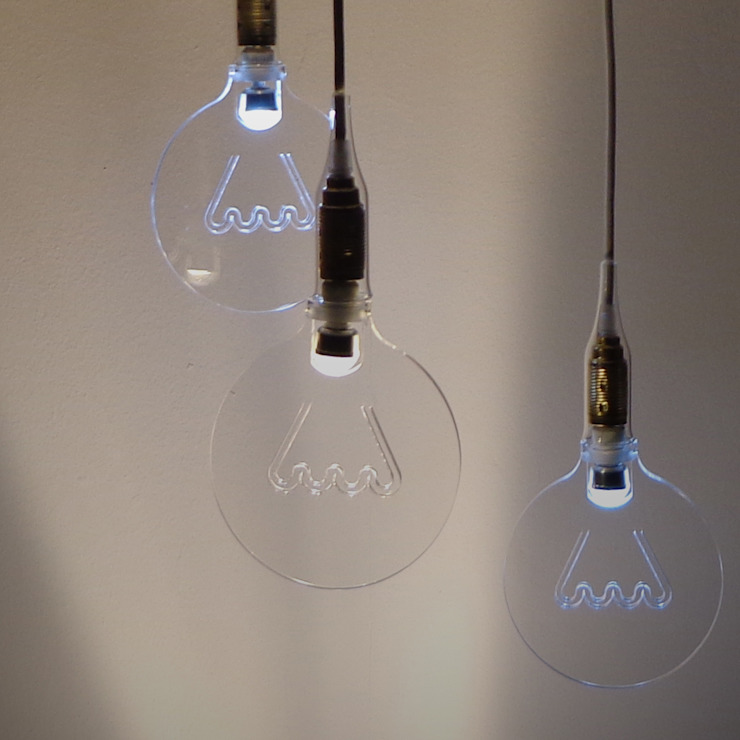 The light in the bubble di ciappesoni Minimalista