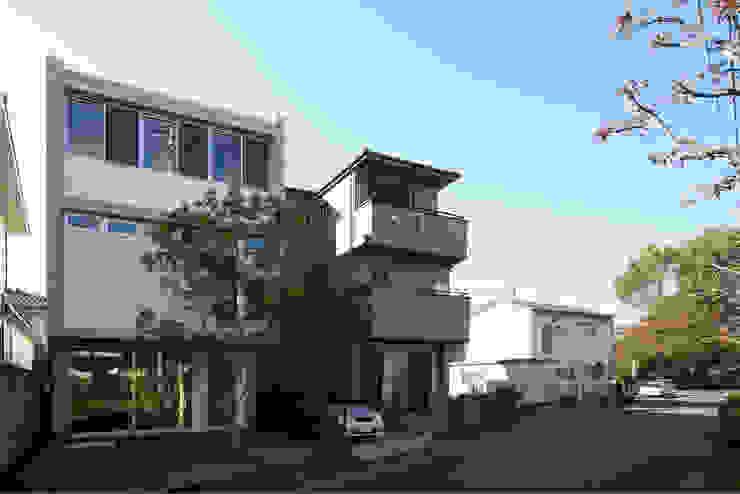 府中の住宅 オリジナルな 家 の 佐藤重徳建築設計事務所 オリジナル