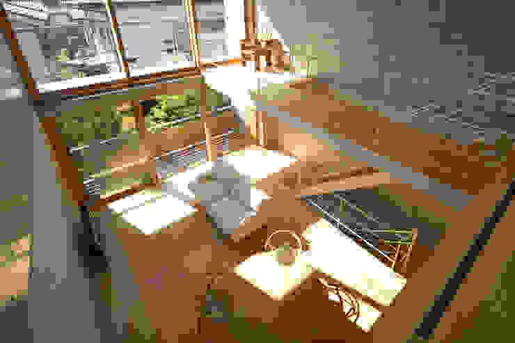 府中の住宅 佐藤重徳建築設計事務所 オリジナルデザインの リビング