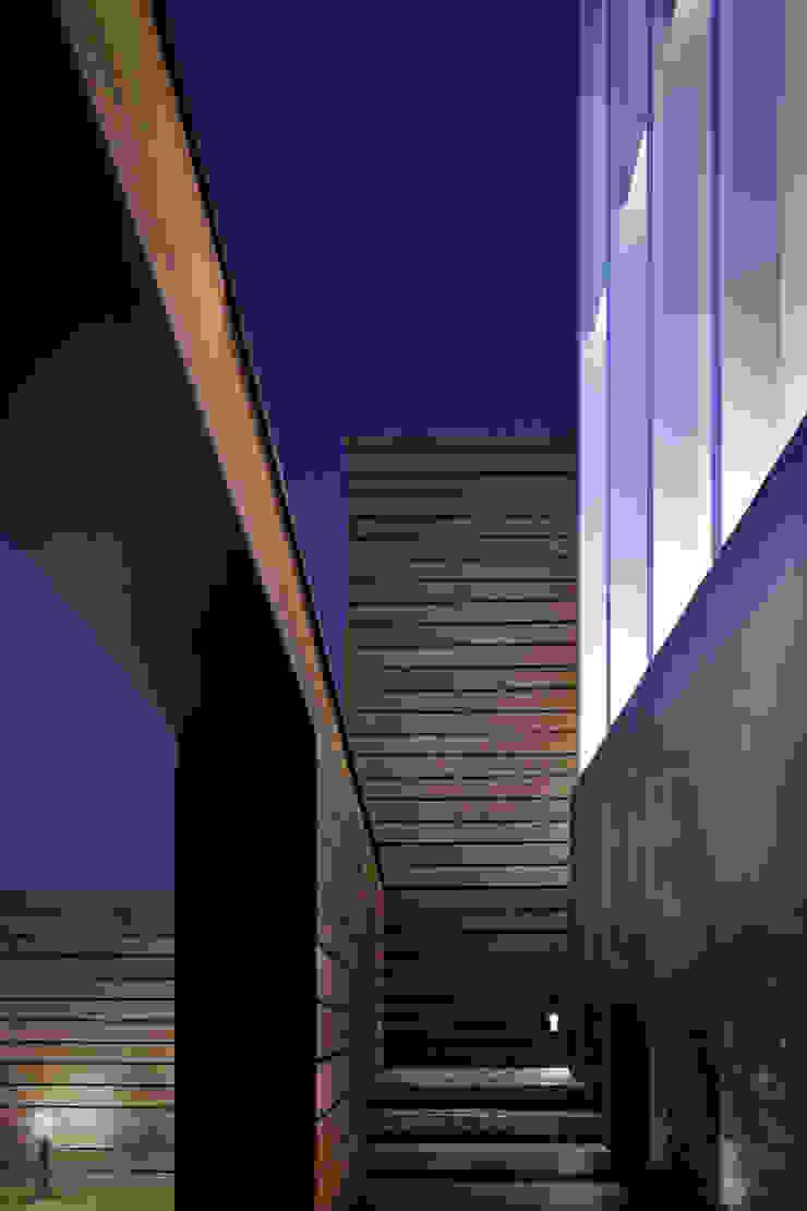 MIKVE RAJEL 모던스타일 주택 by Pascal Arquitectos 모던