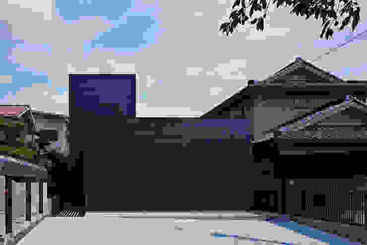 House in Obu モダンな 家 の Isao Kato architects / 加藤功建築設計事務所 モダン