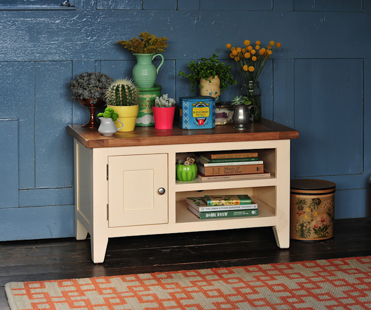 """Cheltenham Cream Painted TV Unit - up to 40"""" de The Cotswold Company Rural"""