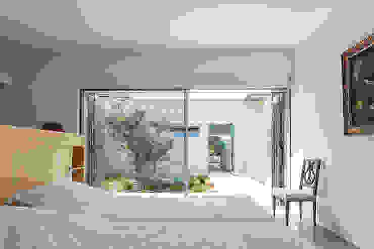 chambre d'ami et patio Maisons modernes par ateliers d'architecture JPB Moderne