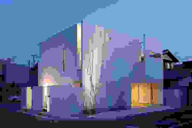 Rumah Gaya Skandinavia Oleh MITSUTOSHI OKAMOTO ARCHITECT OFFICE 岡本光利一級建築士事務所 Skandinavia