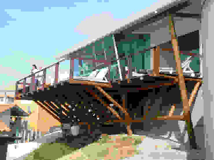 Residência JP Casas modernas por zaniboni arquitetos Moderno