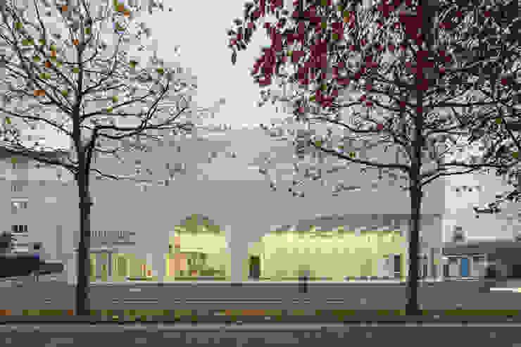 AUDITORIUM & ÉCOLE DE CHANT CHORAL SOUS MAÎTRISE RADIO FRANCE — BONDY par PARC Architectes