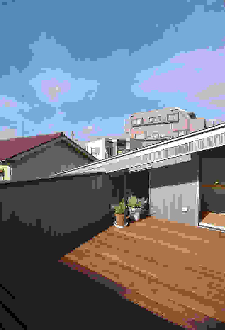 5人家族の家 モダンスタイルの 玄関&廊下&階段 の アトリエKUKKA一級建築士事務所/ atelier KUKKA architects モダン