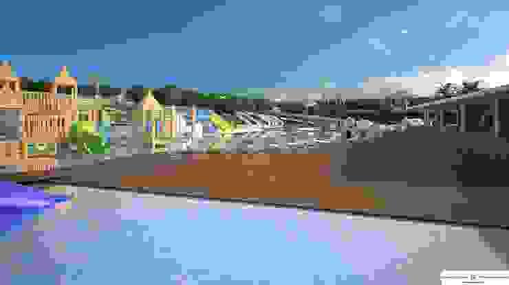 View of the terrace café FG ARQUITECTES Modern pool