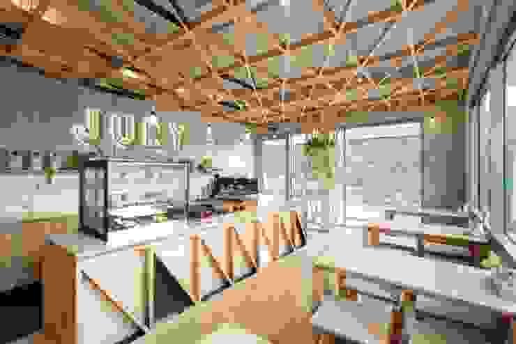 Jury Modern gastronomy by Biasol Design Studio Modern