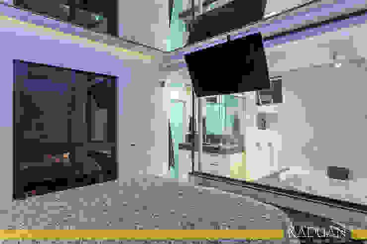Duplex 80 m² – Vila Madalena Quartos modernos por Raduan Arquitetura e Interiores Moderno