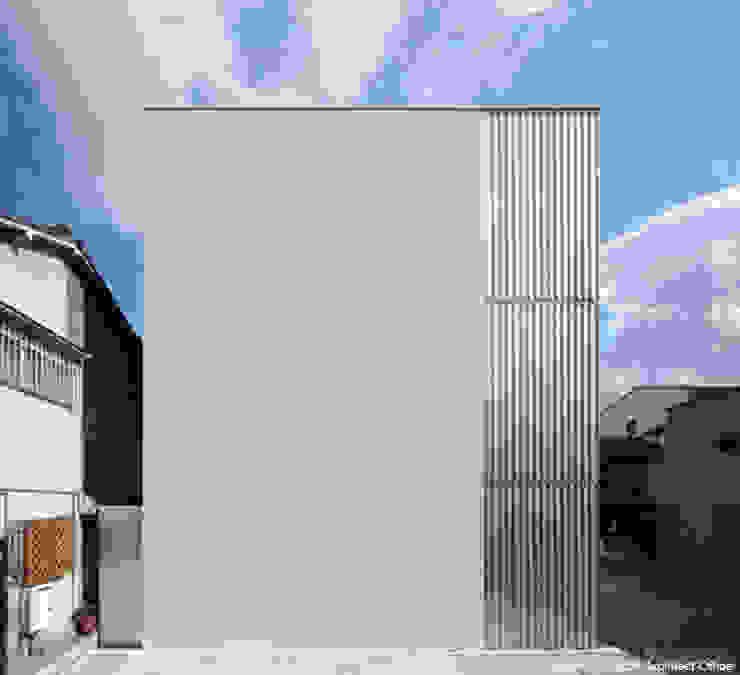 Дома в стиле минимализм от 鷹取久アーキテクトオフィス Минимализм