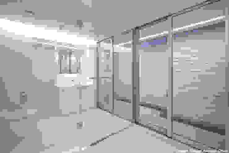 tah ミニマルスタイルの お風呂・バスルーム の 鷹取久アーキテクトオフィス ミニマル
