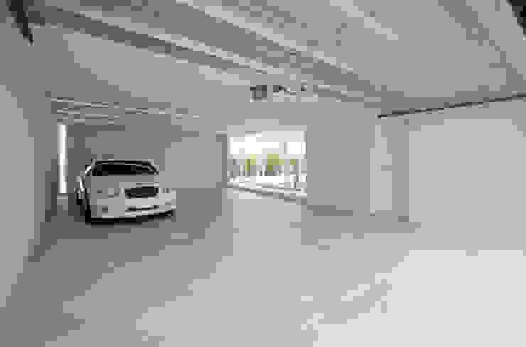 鷹取久アーキテクトオフィス Minimalist garage/shed