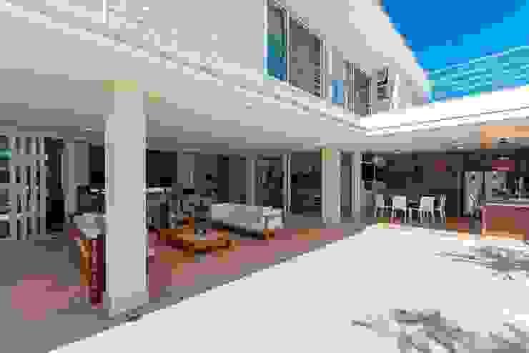 Jannini & Sagarra Arquitetura บ้านและที่อยู่อาศัย