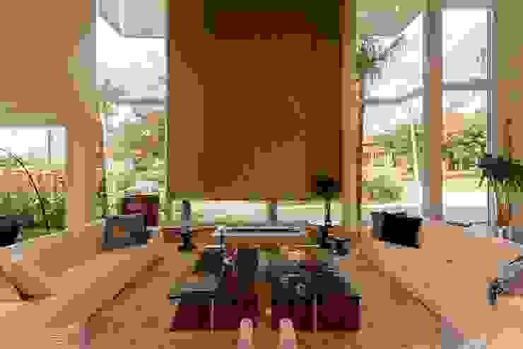 Casa 491 Casas modernas por Jannini & Sagarra Arquitetura Moderno