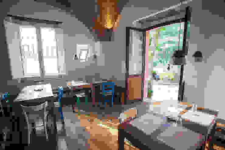 sala interna Casaburi & Memoli Architetti Gastronomia in stile rurale