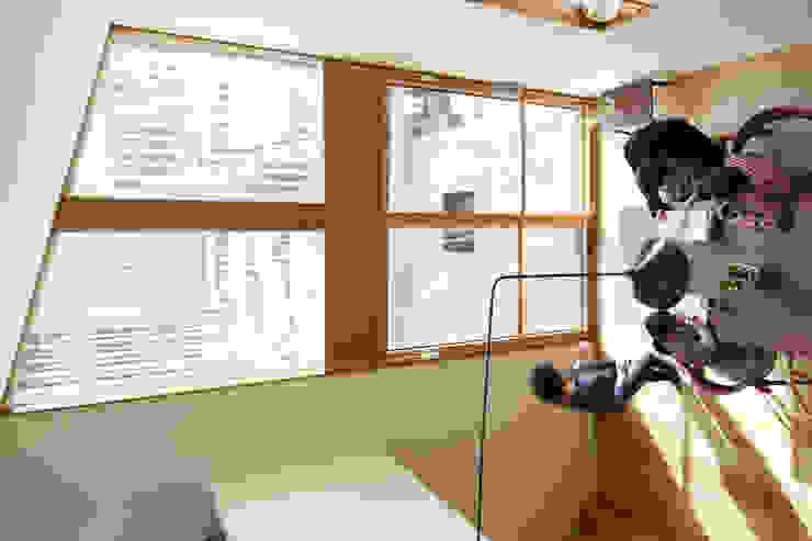 アトリエKUKKA一級建築士事務所/ atelier KUKKA architects Modern Dining Room