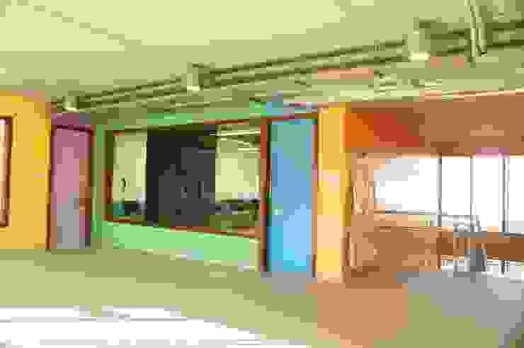 Edificio Docente en Lezo Escuelas de estilo moderno de Itark Arquitectura y Urbanismo Moderno