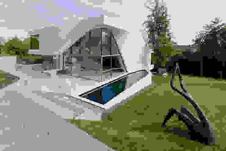 Haus am Weinberg Minimalist house by UNStudio Minimalist