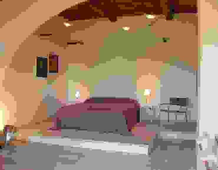 Bedroom by 70m2 Studio di architettura, Mediterranean