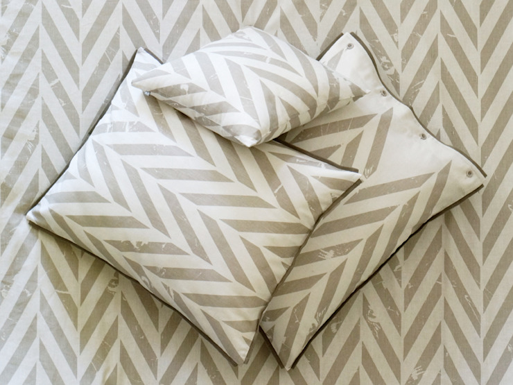 ZIGZAG printed linen bedding by Lovely Home Idea: scandinavian  by LOVELY HOME IDEA, Scandinavian