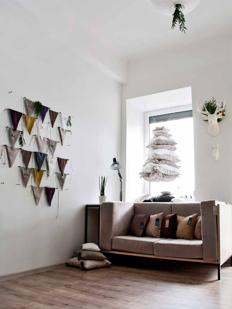 Linen fabric banner bunting by Lovely Home Idea: minimalist  by LOVELY HOME IDEA, Minimalist