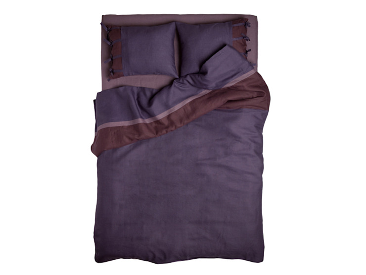 Purple Provence Dream linen bedding by lovely Home Idea: modern  by LOVELY HOME IDEA, Modern