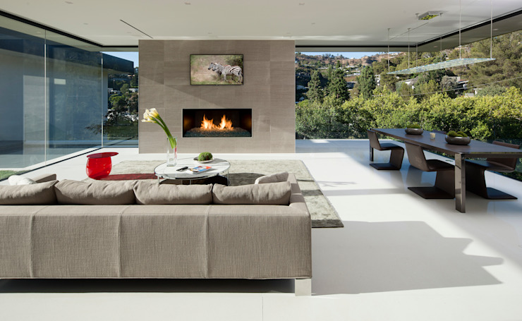 SUNSET STRIP RESIDENCE Modern living room by McClean Design Modern