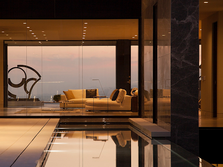 SUNSET STRIP RESIDENCE Modern windows & doors by McClean Design Modern